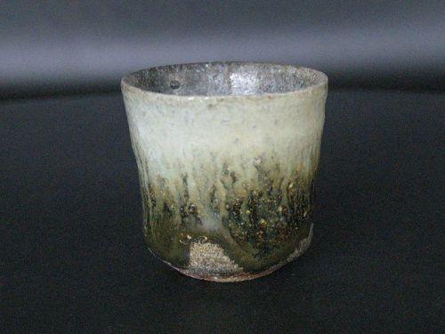 """Chosen-Karatsu """"Yohen"""" sake cup by Dohei Fujinoki the popular artist"""