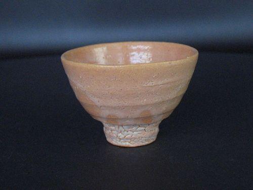 Karatsu-ido sake cup by Dohei Fujinoki the popular artist KARATSU