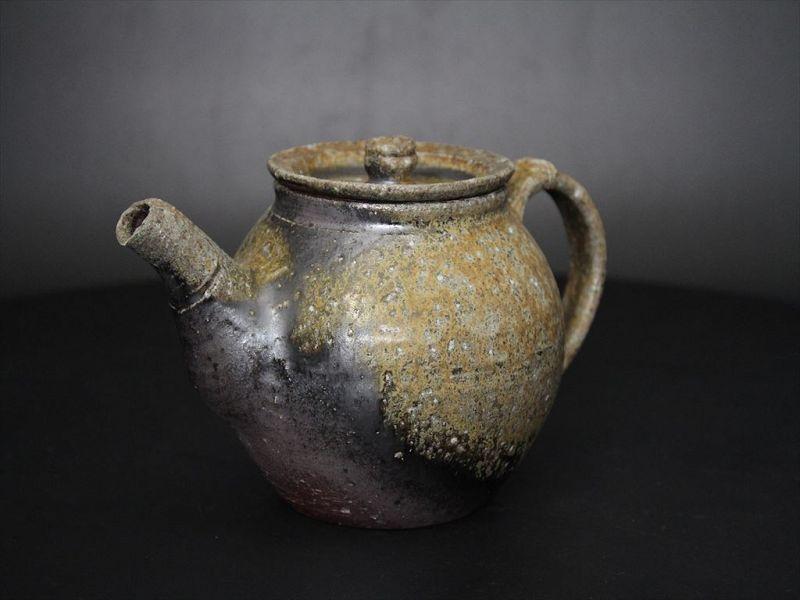 Karatsu ashes covered Tea Pot by popular potter Dohei Fujinoki