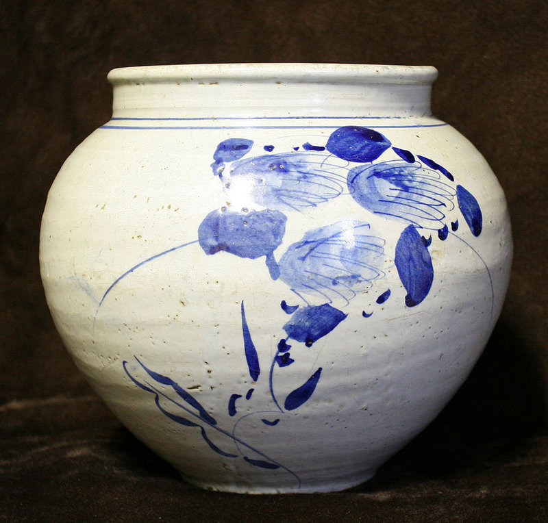 19th Century Blue and White Porcelain Jar from Haeju