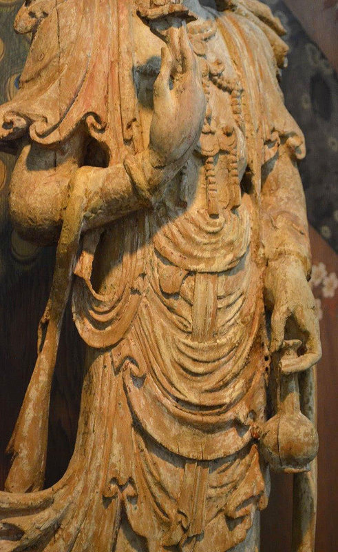 Chinese Song Dynasty Guanyin Wood Sculpture