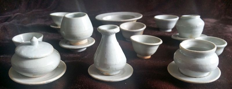 Korean 19th Century Joseon Dynasty 18-piece Set of Ritual Porcelains