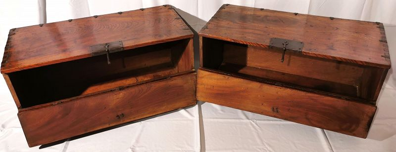 One-of-a-kind Matching Pair of Fine Zelkova Wood Korean Antique Chests