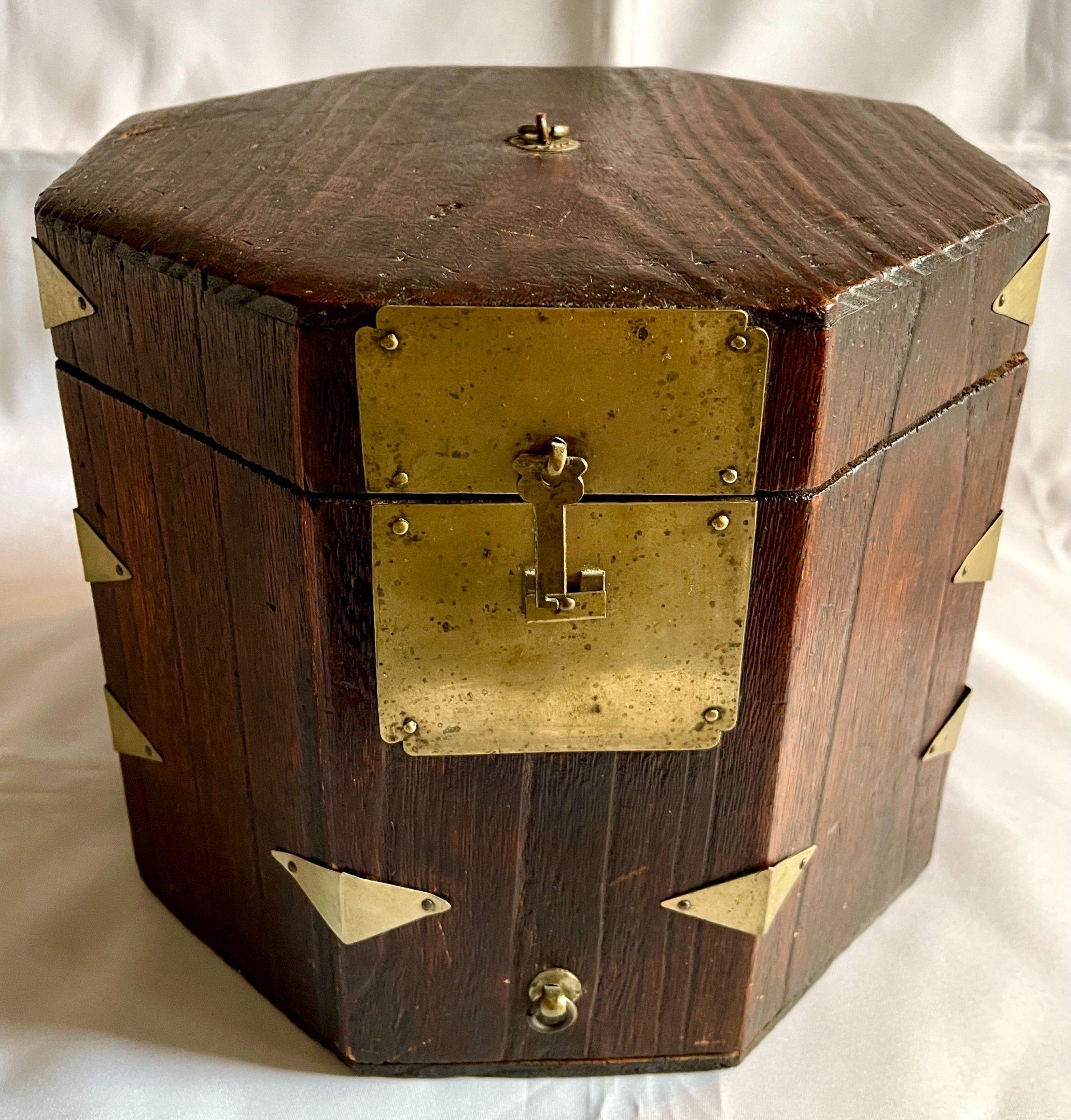 Rare and Beautiful Korean Hat Box made entirely of Fine Paulownia Wood