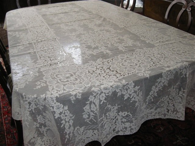 "Vintage Alencon Lace Tablecloth 62"" x 110"" Estate"