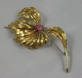 18k Gold Italian Flower Brooch Pink Sapphires