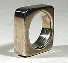 Chunky Industria Argentina Modernist Ring