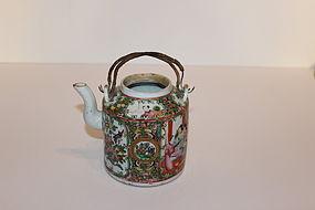Chinese Rose Medallion Porcelain Teapot