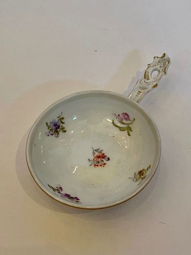 German Meissen Tea Holder in the Chinese Style