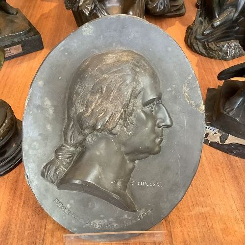 Bronze Oval Sculpture Signed Müller of George Washington 12x10 in.