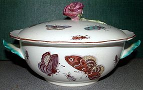 Covered Chelsea Porringer  c1755
