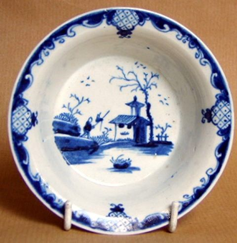 !st Period Worcester Bare Tree and Speared Bird Patty Pan c1758-1760