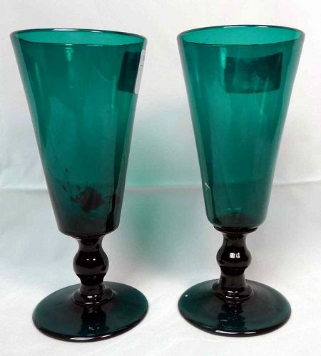 A Pair of Georgian Green Ale Glasses c1800