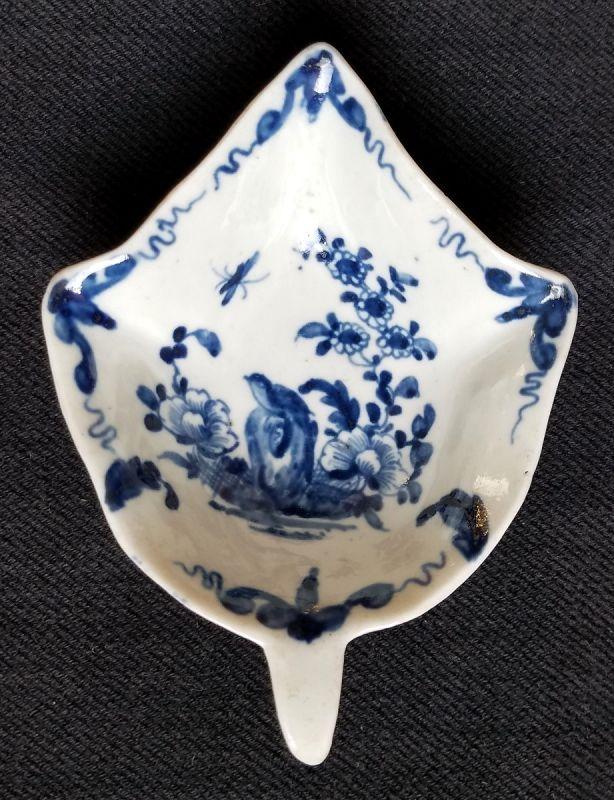 Early Worcester Porcelain Pickle Leaf Dish c1756-1759