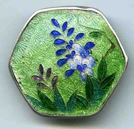 A Nice Cloisonne 19th c  Ginbari Button