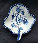 Lowestoft Porcelain Pickle Leaf Dish c1766