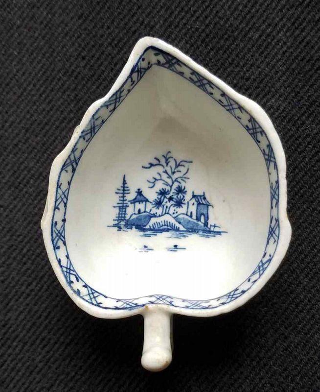 Lowestoft Porcelain Butter Boat c1768