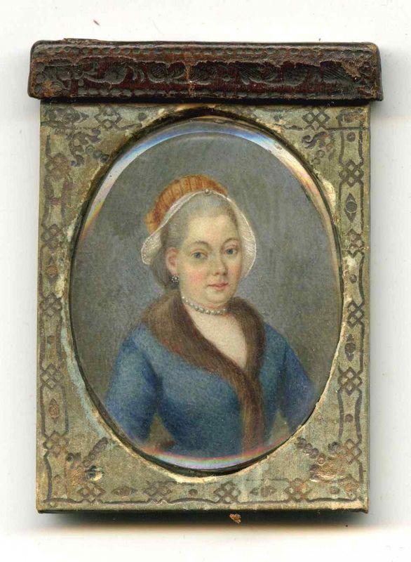 A Portrait Miniature in Unusual Case c1795