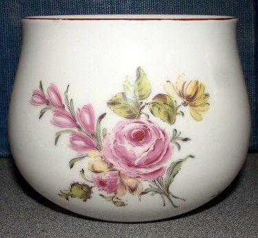 A Fine Chelsea Porcelain  Finger Bowl c1756 - 1758