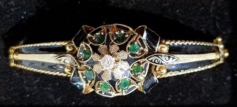 Gold and Emerald Bangle Bracelet c1910