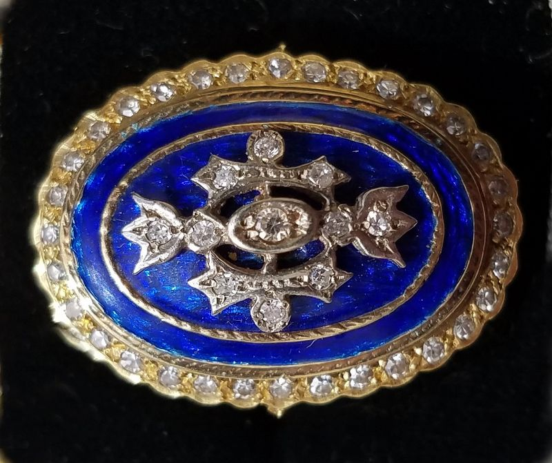 Spectacular Diamond and 18K Gold Ring 1st Half 20th C