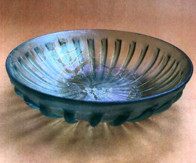 Exquisite Ancient Roman Glass Bowl  c  1 BC - 1 AD