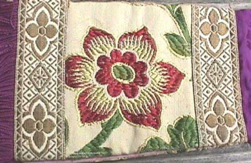 Beautiful Chausable Set c 1750