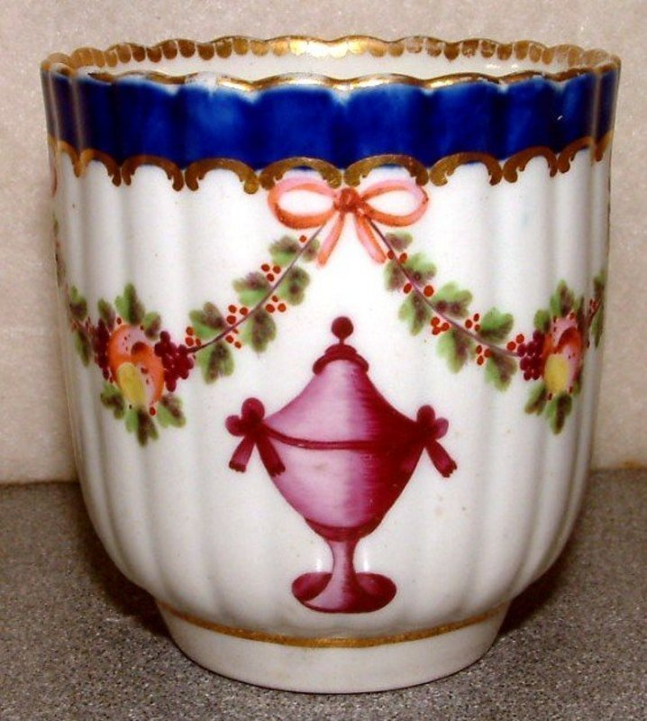 Uncommon Dr. Wall 18th Century Worcester Cup  c 1775