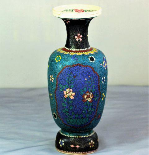 Japanese Totai Cloisonne Vase