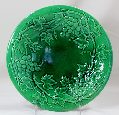 English Majolica Faience Plate, low relief Grape design