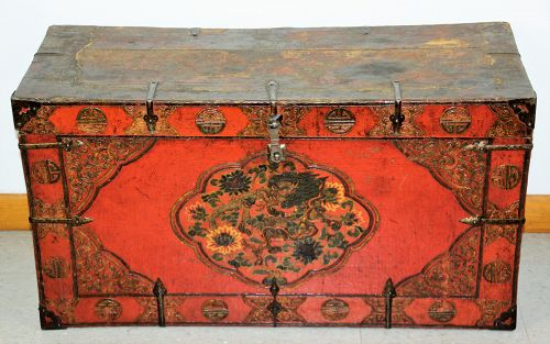 Tibetan Lacquered on Wood Trunk, relief Dragon design