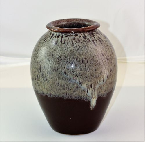 Japanese Earthenware Studio Vase, oily drip glaze