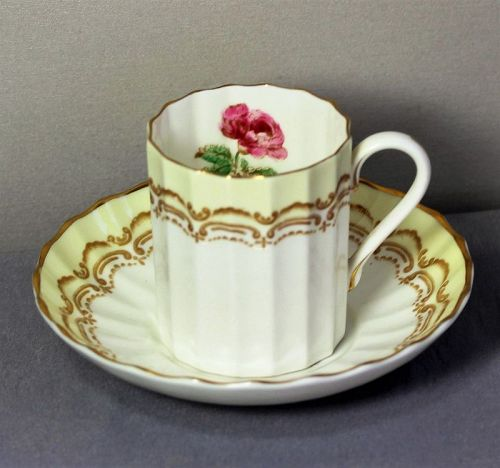 English Royal Worcester Cromwell Porcelain Demitasse Cup & Saucer