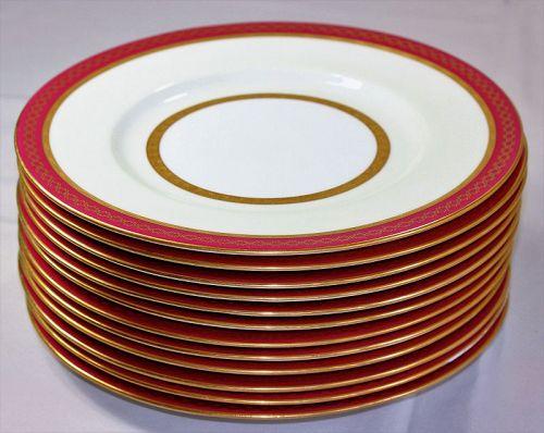 12 Tiffany English Mintons Porcelain Plates, Wine & Gold rim