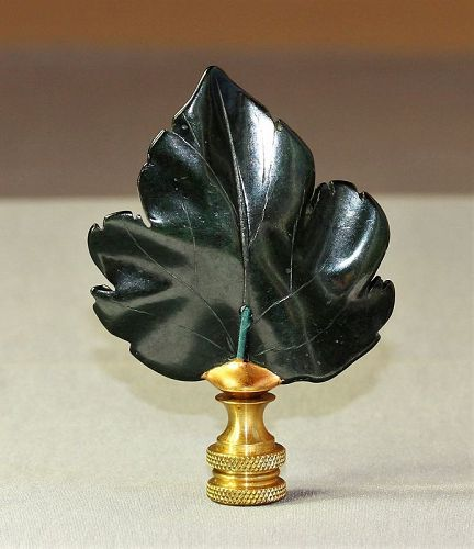 Maple Leaf shape Spinach color Stone Lamp Finial