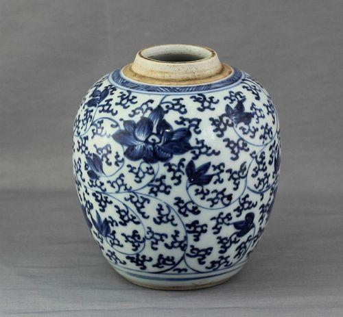 Chinese Blue & White Porcelain Lotus design Tea Jar, 18th C.