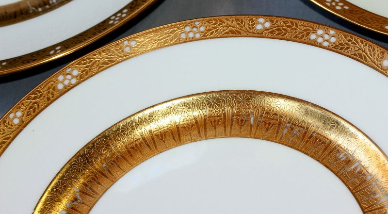 12 Lenox Porcelain Gold encrusted wide Rim Plates, Tiffany & Co.