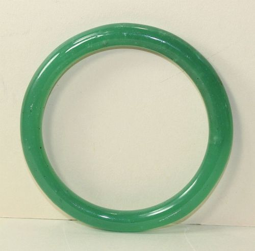 Chinese Peking Glass Green Bangle Bracelet