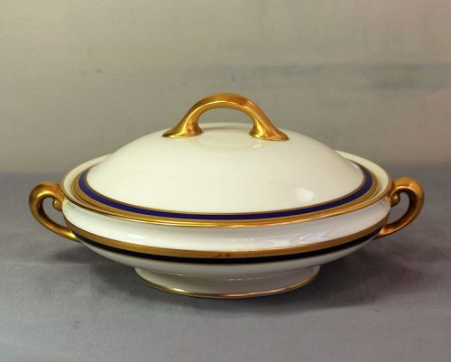 Lenox Porcelain Cobalt Blue & Gold Rim 2 handle Tureen, 1112 1/2/V.7.B