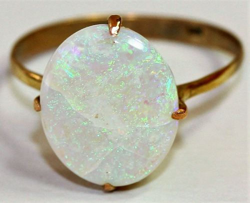 Natural Opal & 14 K Gold Ring