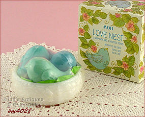 AVON � LOVE NEST DISH AND SOAPS (MIB)