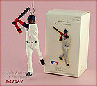 HALLMARK � DAVID ORTIZ ORNAMENT