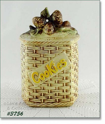 McCOY POTTERY PINE CONES BASKETWEAVE VINTAGE COOKIE JAR