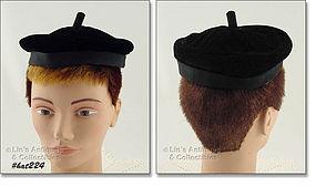 BLACK VELVET HAT BY JULLE-PATTE