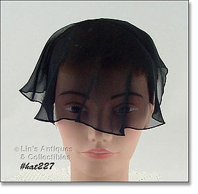 BLACK HEAD COVERING