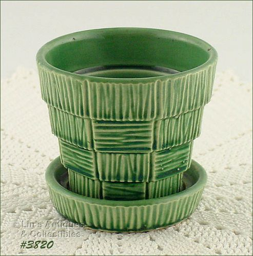 McCOY POTTERY � GREEN BASKET WEAVE FLOWERPOT (3 ¼�)