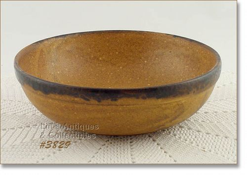 McCOY POTTERY � VINTAGE CANYON DINNERWARE SERVING BOWL
