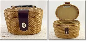 NANTUCKET STYLE HANDBAG BY CARROLL REED
