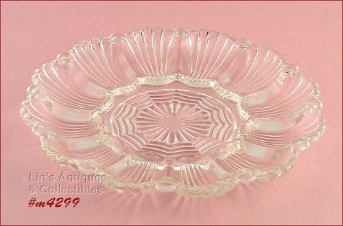 VINTAGE GLASS DEVILED EGG PLATE