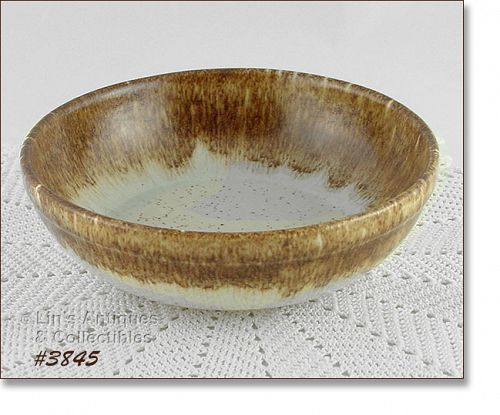 McCOY POTTERY � GRAYSTONE SERVING BOWL